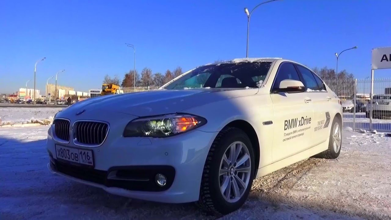 2016 BMW 528i xDrive (F10). Start Up, Engine, and In Depth Tour.