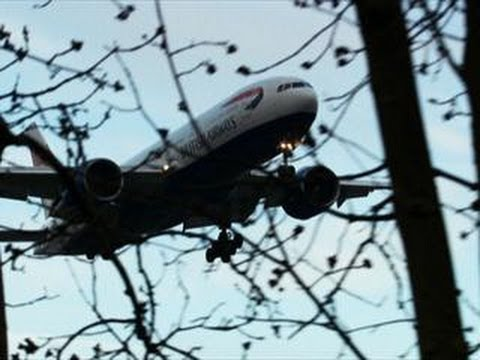 How to Land a Boeing 777 without Any Engines