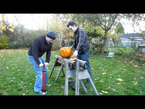 Getting last pumpkin to kill & pumping up air cannon