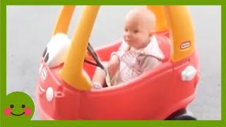 Videos para niños ★ Bebé gracioso haciendo problemas que no puedes entender #2 #woababy