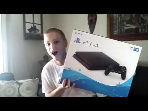 I Got A PS4 For Christmas!!!