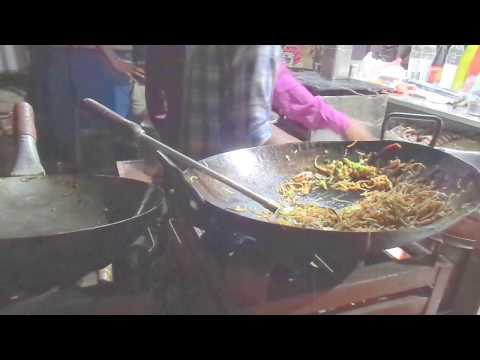 chinese schezwan noodles garha bazar street food