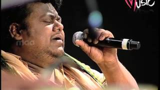 Oh Sathiya from Naa Istam by Chakri