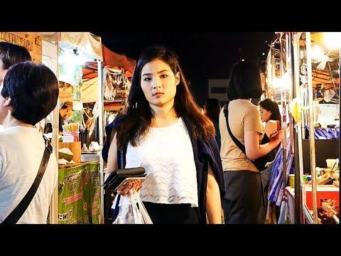 Bangkok Night Market - Rot Fai Market 2018