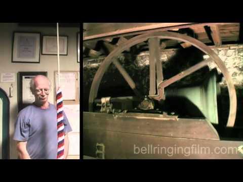 Ringing up (splitscreen)
