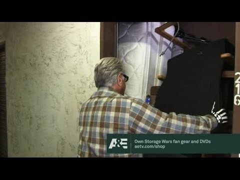 Storage Wars Season 2 Episode 31 (s02e31) Blame It on the Rain