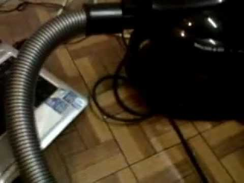 Cleaning a Laptop with a house vacuum cleaner