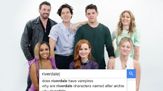 Riverdale Cast Answers the Web