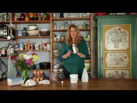 Wendyl's Green Goddess - how to make a natural spray cleaner