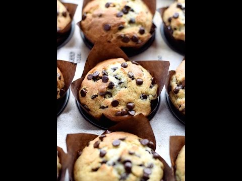 Amazing Chocolate Chip Muffins | Truffles and Trends