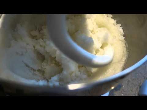 Homemade Sugar Cakes for Honey Bees
