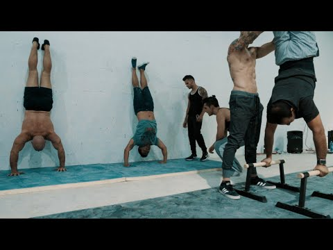 TOP 5 EXERCISES TO MASTER HANDSTAND (ROUTINE)