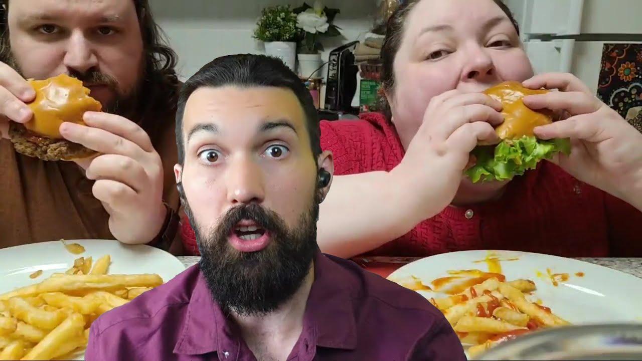 I discuss beezin' & burgers ft. Foodie Beauty & Peetz (Live).