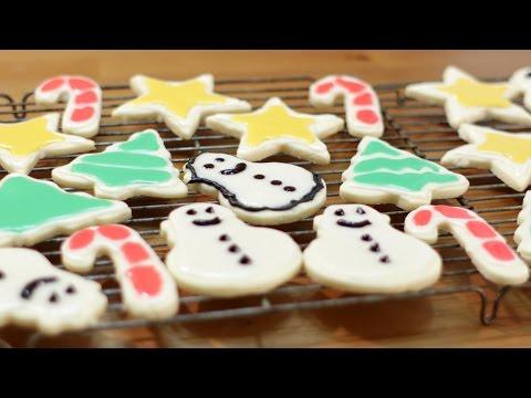 How to Make Sugar Cookies - Easy Sugar Cookies Recipe