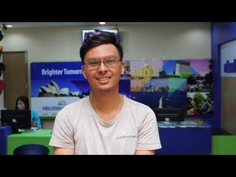 Nepalese student got full scholarship from Deakin University.