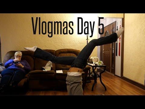 Vlogmas Day 5 - Bull Penis...| Babybellykelli