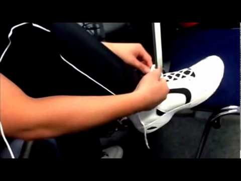 How To Tie a Shoelace like a PRO ! ◄◄◄