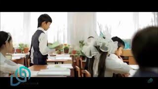 استغرب كل طلاب الصف من تصرفات هذا الطفل .. و عندما دخلت المعلمة كانت المفاجئة كبيرة !!