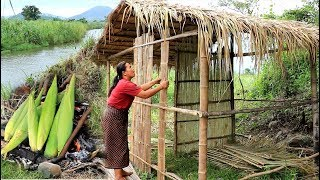 survival in the rainforest - woman build bamboo house​ cooking corn - eating delicious