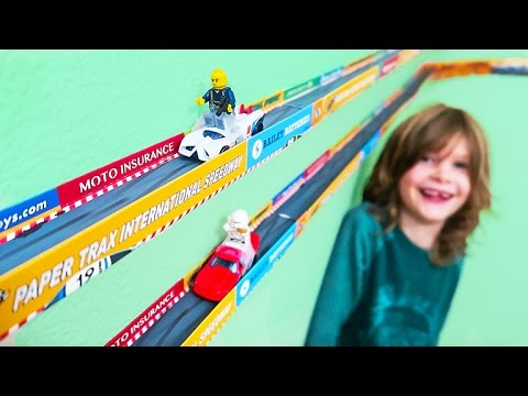 Hot Wheels Cars Race With Lego Men on Paper Traxx