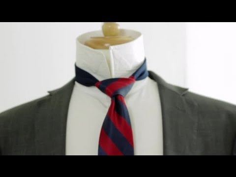 How to Tie a Tie in a Triangle Shape : Neckties & Bow Ties