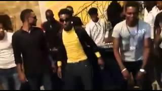 رقص نيجيري وناس مؤمن في بيت ناس عبد الرحيم
