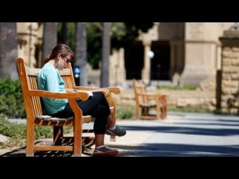 Stanford offers free tuition to families making $125K or less