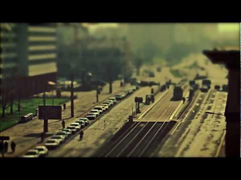 the streets of leipzig - tilt shift timelapse (Canon 7D 5D Mark II)