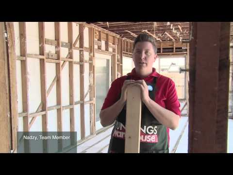 How To Tighten Joins On Chipboard Flooring  - DIY At Bunnings