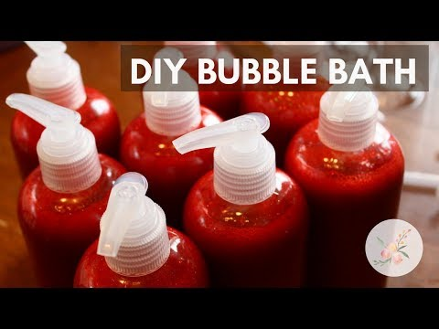 Soapmaking: DIY Liquid Bubble Bath from Base