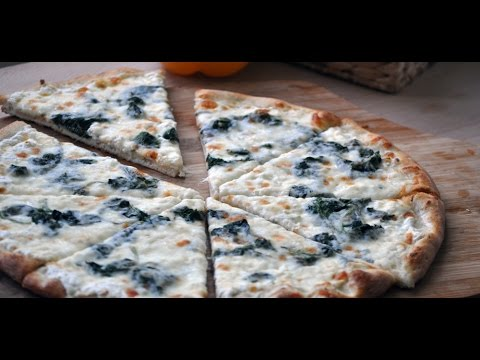 How to Make a Traditional White Spinach Pizza