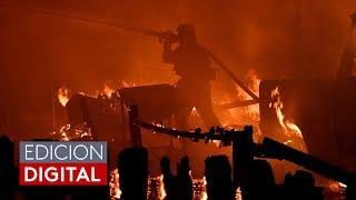Al menos un muerto y 27,000 evacuados por incendio fuera de control en el sur de California
