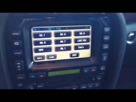 Reverse Camera 2007 Jaguar XJ8 on factory screen
