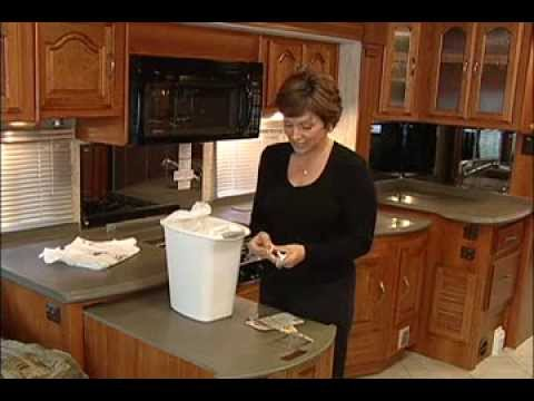 RV Tips - Cleaning a shade and garbage bags.