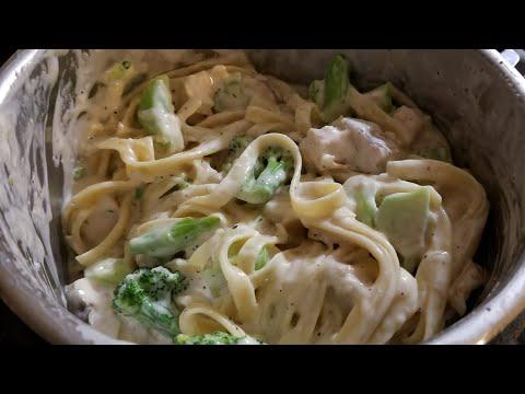 Easy 3qt Chicken & Broccoli Alfredo Instant Pot Duo Mini John Soules Grilled Chicken bertolli sauce