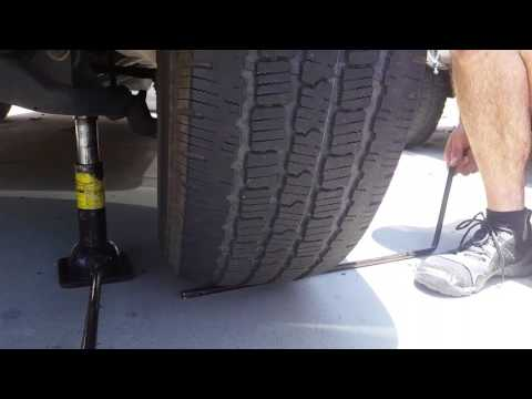 Checking Lower Ball-Joint, 3rd-Gen Toyota 4Runner