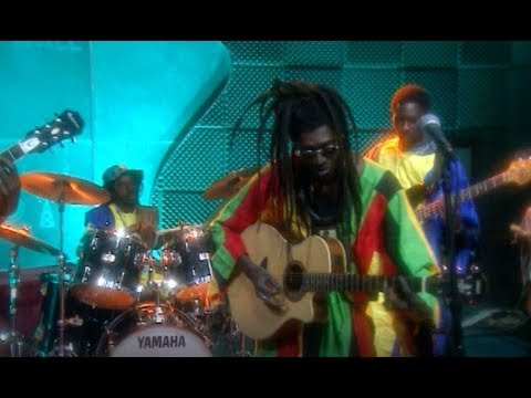 Cheikh Lo - Bamba Sunu Goorgui - Live on VH1, 1997