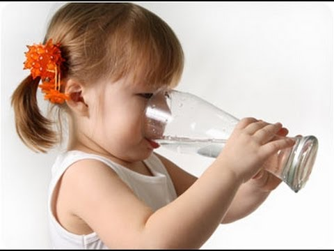 DermTV - Does Drinking Water Hydrate Your Skin [DermTV.com Epi #175]