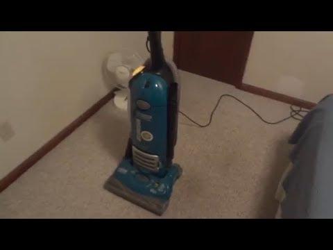 Eureka The Boss Smart Vac R4870K Upright Vacuum