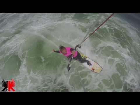 Learn kitesurfing. Kitesurfing Beginners Crash Course from KITEKAHUNAS