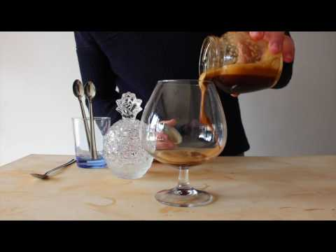How to make a Caffe Shakerato at home: L'Emporio Coffee series