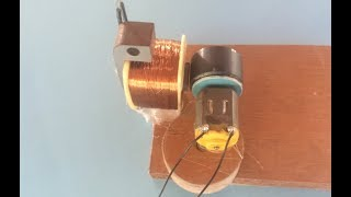 Energy generator from 3.7V DC to 27V AC