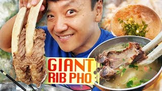 GIANT RIB PHO & Vietnamese FRIED CHICKEN | BEST Pho in Seattle