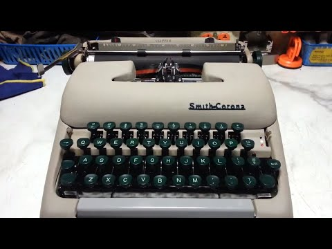 Smith Corona Clipper Manual Vintage Typewriter, Complete Repair Clean Service Demo