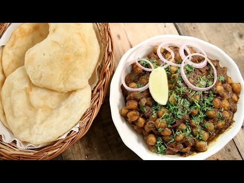 How To Make Chole Bhature | Quick Chole Bhature Recipe| Punjabi Chole Masala Recipe | Neelam Bajwa