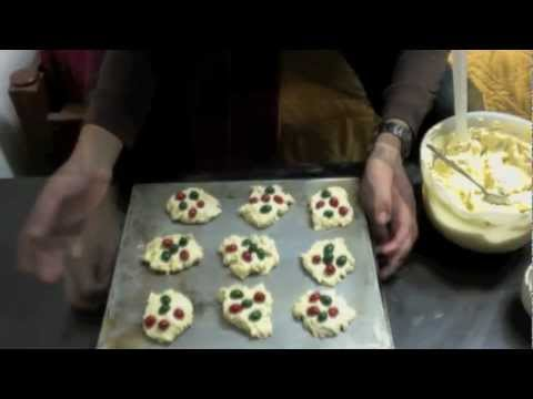 How to Make Nestlé Toll House Cookies For Christmas