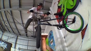 ALEX HIAM & LEWIS MILLS - INSANE SKATEPARK SESSION