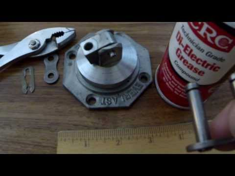 How To: Change the Master Link on a Chain-Link Speed Bag Swivel