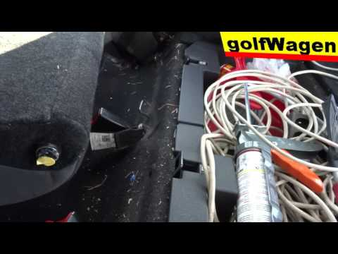 How to replace rear seats on VW Golf 5