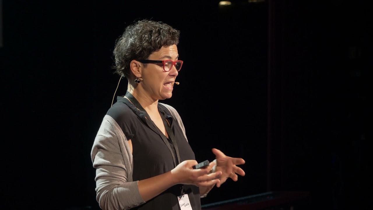 As histórias por trás dos números  | Susana Peralta | TEDxAlcobaca